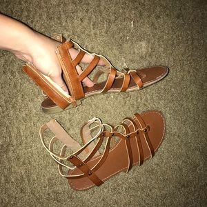 Strappy Brown High Rise Sandals